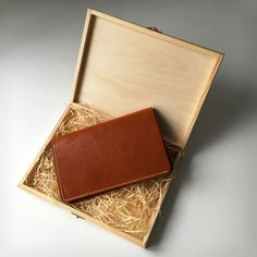 ZOI WHISKEY  Store - Zoibook to skórzane, ręcznie robione notesy Handmade Notebook, Leather Notebook, Different Colors, Notebooks, Whiskey, Card Holder, Wallet, Store, Whisky