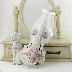 Shabby Chic Decor, Shabby Home Decor, Shabby Chic Accessories, Shabby Chic, Painted Violin, Christmas Gifts For Her, Christmas Gift Ideas