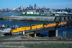 UP 6936 crosses the Kansas River en route to Omaha