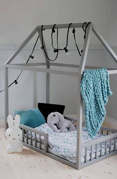 - The Effective Pictures We Offer You About diy projects A quality picture can tell you many things. Creative Kids Rooms, Cool Kids Rooms, Diy Toddler Bed, Small Room Decor, Childrens Beds, Baby Bedroom, Girls Bedroom, Diy Interior, Diy Bed