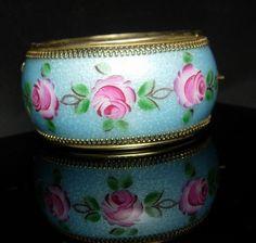Whiting & Davis Bracelet WIDE Guiloche enamel Vintage Bangle hinged pink flowers