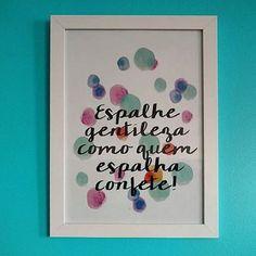 Olha que bacana! A @simoneteixeiracoach imprimiu um #posterdcoracao! Ficou lindo  na parede turquesa!! Olha! #posterdcoracao #poster #postergratis : @simoneteixeiracoach