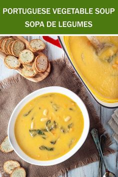 A delicious soup often served before meals at homes, restaurants, schools and food courts across Portugal. Irish Potato Soup, Cheesy Potato Soup, Vegetable Soup Recipes, Easy Soup Recipes, Healthy Recipes, Portuguese Soup, Portuguese Recipes, Turkey Broth, Turkey Soup