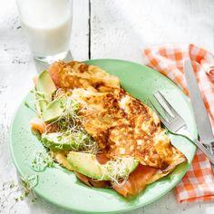 Omelet met zalm en avocado Productfoto ID Shot 560x560