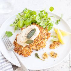 Cauliflower, sage, and quinoa come together to form these easy to make vegetarian fritters. Serve with a generous dollop of yoghurt, hummus or cashew cream and you have a healthy and satisfying lunch.