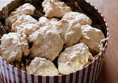 To Die For Coconut Cookies - If you like coconut macaroons you will love these cookies!