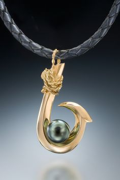 Single Barb (Kauai Style) Tahitian Pearl Pendant in gold Fish Hook Jewelry, Pearl Jewelry, Jewlery, Tahitian Black Pearls, Pearl Pendant, Kauai, 18k Gold, Pendants, Charmed