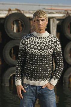Icelandic Fishermans Wool Pullover - Dark Grey Heather (Knitting Kit) Icelandic Sweaters, Wool Sweaters, Black Sweaters, Knitting Kits, Knitting Designs, Knitting Patterns, Crochet Patterns, Nordic Sweater, Men Sweater