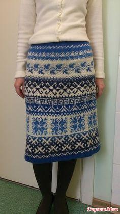 Девочки! Я так рада, у меня тоже получилось связать юбку перуанку. Первый раз пробую. Спицы №3. Пряжа кауни блу. Ушло около 200 грамм блу и 100 белой тоже кауни. Воде бы и с размером угадала.