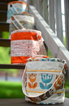 ikat bag: Make A Bag Chapter 11: Bucket Tote 1 simple tutorial and I can make so many things! Love the photos of all the projects!