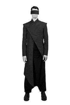 "Sartorial Adventure — ""Shinigami,"" fall/winter 2015 by Hogan McLaughlin Cyberpunk Mode, Cyberpunk Fashion, Rick Owens, Fashion Moda, Mens Fashion, Post Apocalyptic Fashion, Androgynous Fashion, Inspiration Mode, Future Fashion"