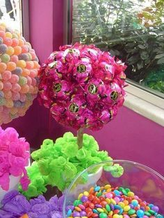 Today I bring you a table arrangement option to decorate a Birthday Party, Baby Shower, Christening or any other event you want! Sweet Table Decorations, Kids Party Decorations, Party Themes, Party Ideas, Easter Crafts, Holiday Crafts, Crafts For Kids, Happy Birthday B, Birthday Parties