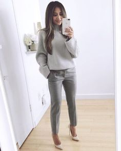 25 Beautiful Business Casual Outfits to Wear During Winter - Work Outfits Women - Business Attire Mode Outfits, Fashion Outfits, Chic Outfits, Classy Outfits, Casual Office Outfits Women, Office Fashion Women, Casual Style Women, Office Look Women, Work Suits For Women