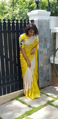 Beautiful saree blouses measurement Click the link to see more about ~ Simple Sarees, Trendy Sarees, Stylish Sarees, Fancy Sarees, Saree Blouse Patterns, Designer Blouse Patterns, Saree Blouse Designs, Designer Dresses, Cutwork Saree