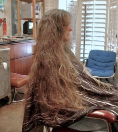 Salon Chairs, Long Locks, Height And Weight, Hairdresser, Cape, Im Not Perfect, Hair Cuts, Dreadlocks, Long Hair Styles
