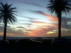 Sunset in Cape Town - Camps Bay Amazing Pics, Camps, Cape Town, Playground, South Africa, Sunset, History, City, Blackberry