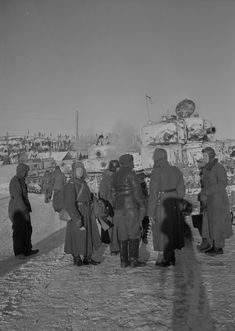 Finnish soldiers have captured Soviet T-28 tanks in the occupied Medvezhyegorsk