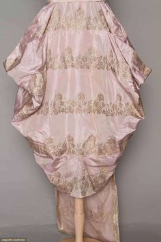 Evening Gown (image 4) | 1916 | faille, brocade | Augusta Auctions | April 20, 2016/Lot 209