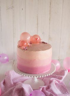Gelatin Balloons!  Cassie Cakes Pink Bubble Strawberry Butter Cake