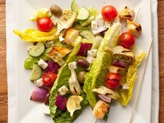 400-Calorie Mediterranean Meals: Greek Salad Skewers http://www.prevention.com/food/cook/healthy-mediterranean-diet-recipes?s=15&?cm_mmc=400-Calorie-_-1536146-_-12192013-_-20-mouthwatering-mediterranean-meals-text