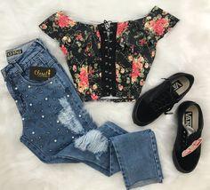 Pin by Jessica Rafferty on Fashion inspo in 2019 Teen Fashion Outfits, Cute Fashion, Outfits For Teens, Girl Fashion, Summer Outfits, Womens Fashion, Grunge Tattoo, Mode Rockabilly, Style Grunge