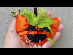 YouTube Halloween Hair Clips, Halloween Bows, Halloween Projects, Hand Embroidery Flowers, Bow Design, Dog Accessories, Headbands, Diy And Crafts, Projects To Try