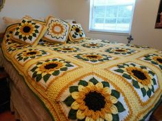 Crocodile Sunflower Afghan by Alice Roush, FB Crochet Addicts group | http://www.ravelry.com/patterns/library/the-crocodile-flower
