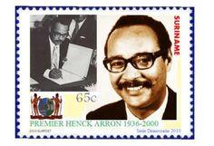 Henck Arron stond aan de wieg van de onafhankelijkheid van Suriname. Hij was een sleutelfiguur, voorzitter van de Nationale Partij Suriname, parlementariër, vice-president en minister president. Na de staatsgreep in 1980 werd Arron gevangen gezet, hij keerde terug in de politiek om te ondervinden hoe in 1990 wederom de militairen de macht over namen. Ontgoocheling was wat Arron restte.Deze week verscheen 'Man van het moment. Een politieke biografie van Henck Arron'. De auteur Peter Meel komt…