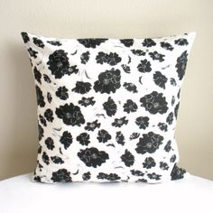 "Organic Cotton Throw Pillow Cover - 18"" x 18"" - 6 colors"