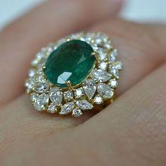A Belle Epoque gold, Ceylon sapphire, diamond and ruby aigrette / brooch, by Joseph Chaumet, circa 1910. Designed as a…