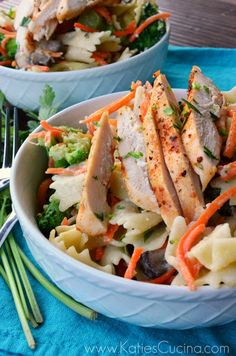 Grilled Italian Chicken with Veggies & Bow Tie Pasta from @Katie Jasiewicz #AggiesBaby