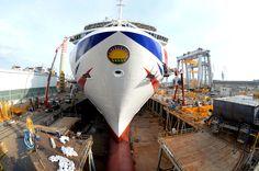 P&O Cruises Britannia with her Livery