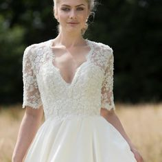 Designer Sarah Barrett, who leads the Lyn Ashworth label, is warm, friendly and down to earth. Her signature style oozes romance and feminism and her gowns are full of grace and move beautifully #lacegown #weddingdress #lynashworth #weddinggown #lovemydress