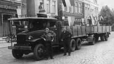 Oude trucks in zwart/wit GMC/ A-30923.jpg