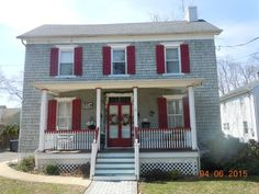 Fantastic 2 bedroom 1.5 bathroom currently in foreclosure.  This is a rare investment opportunity in Red Bank, NJ.  Interested parties should call Trish at 732 759 8787