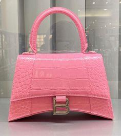 Expensive Handbags, Girly Things, Girly Stuff, Balenciaga Bag, Cute Swag Outfits, Cosplay Makeup, Vintage Bags, Beautiful Bags, Hermes Kelly