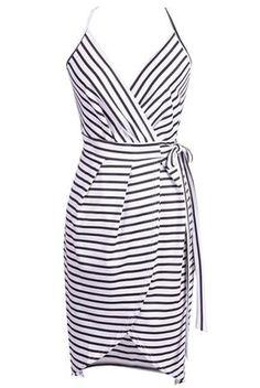 Wrap Dress with Straps - FREE pattern - My Handmade Space Šití bf1e5ab8ae