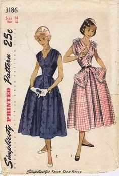 1950s Shirred Full Skirt Scalloped Dress Pattern by patternshop, $24.99