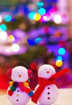 Christmas Snow Couple