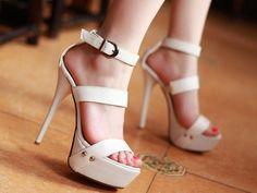 http://kitykatblog.com/moda/zapatos-high-heels/