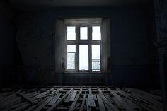 Chateau de Noisy abandoned school