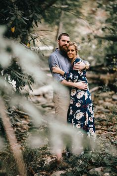 Mountain Engagement Photos in the Smokies by Erin Morrison Mountain Engagement Photos, Engagement Pictures, Engagement Shoots, Couple Photography Poses, Engagement Photography, Friend Photography, Maternity Photography, Family Photography, Photography Ideas
