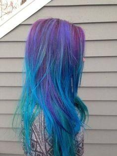 Se liga na nova tendência que vai estampar as cores da galáxia nos seus cabelos | Virgula