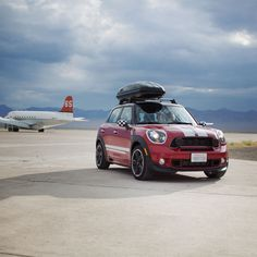 A 5-person jet plane on four wheels, the MINI Countryman might be the edge your family has been looking for. #MINI #Countryman #Family #Roadtrip #Adventure #Vacation #Travel