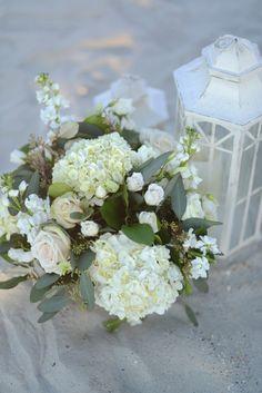 Beach Wedding | NC Wedding | Southern Wedding | Lantern Florals | Madison & Charles {Surf Club} | Wedding Row Grand Strand