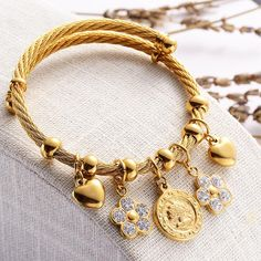 Gold Bangles Design, Gold Earrings Designs, Bracelet Designs, Silver Earrings, Gemstone Earrings, Silver Necklaces, Gold Necklace, Fashion Necklace, Fashion Jewelry