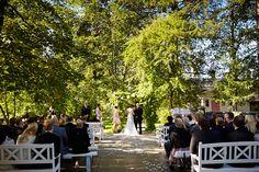 Dokumentaarinen hääkuvaus Tampere Helsinki, Suomi Documentary wedding photography the world Vihkiminen in the church getting married  www.teemuhoyto.com
