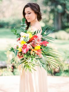 Tropical bridal bouquet | Angelica Chang Photography