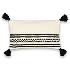 ALOPA Striped Cotton Cushion Cover AM.We love the bold monochrome look of this striped, zig-zag cushion cover made from cotton and finished with tassels. Modern Cushions, Striped Cushions, Boho Cushions, Diy Pillows, Throw Pillows, Home Furnishing Accessories, Fabric Stamping, Pillow Arrangement, Lace Curtains