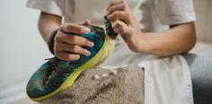 5 Tips Jitu Cara Merawat Sepatu Kets Terbaik Kebanggaan